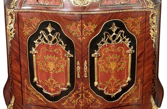 victorian-buffets-and-sideboards